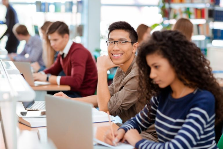 Creating the Ideal Learning Atmosphere in 6 Ways