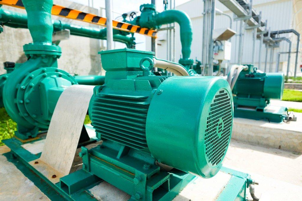 green vacuum pump