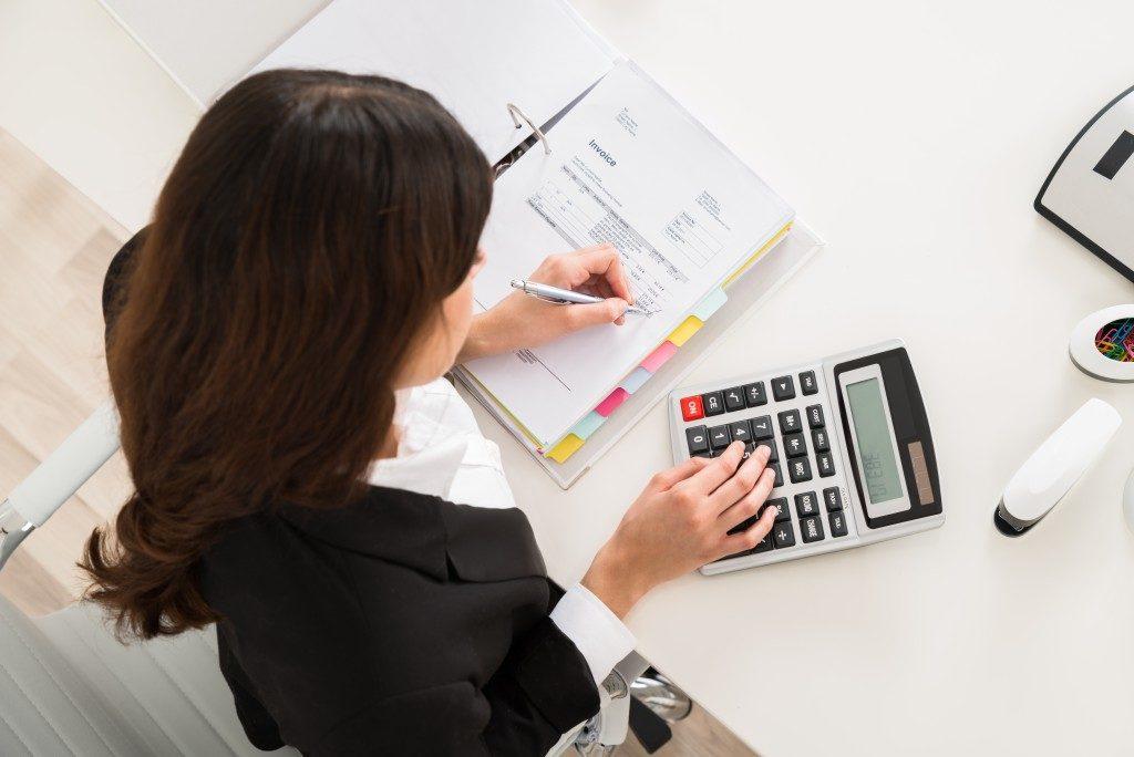 accountant computing company finances