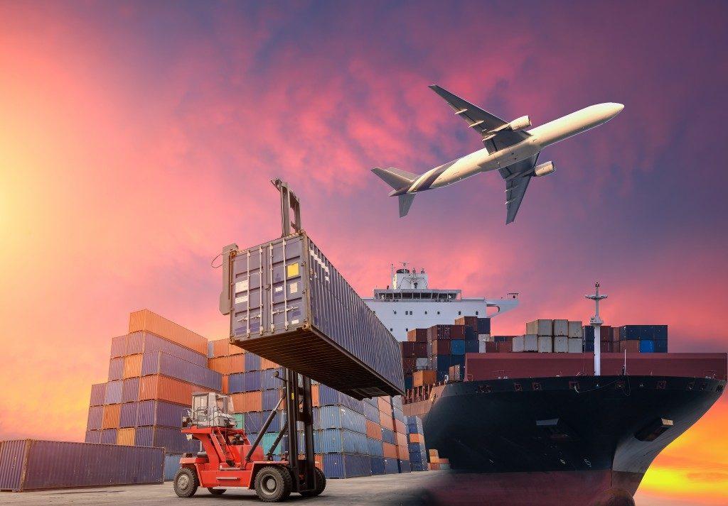 logistics carrier